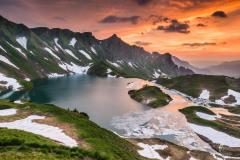 Island-Lake