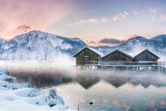 Sunrise-at-the-Lake